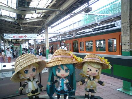新潟駅に到着です。 レン:「マスター、おなかすいたよぅ、ご飯んー...