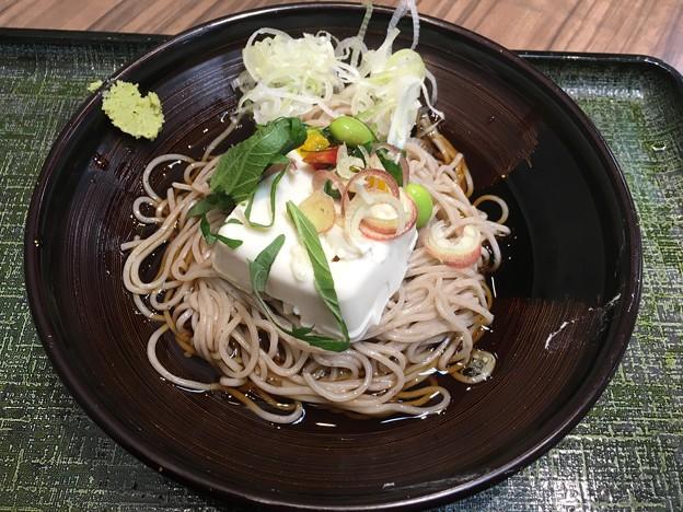 Photos: くずし豆腐と夏野菜の冷しそば
