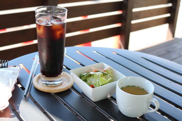 アイスコーヒー・サラダ・スープ