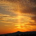 Photos: 真っ直ぐ天に昇る薄明光線 後光 不思議な空 DSC09181