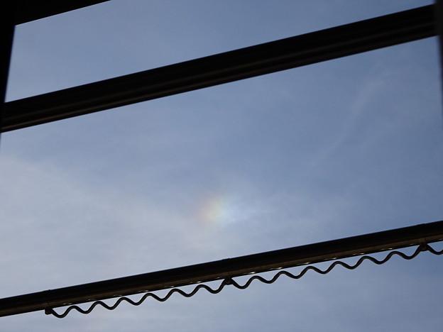 晴れの日の虹 彩雲 (3)