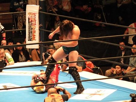 新日本プロレス BEST OF THE SUPER Jr.XIX Bブロック公式戦 タイガーマスクvsブライアン・ケンドリック (1)