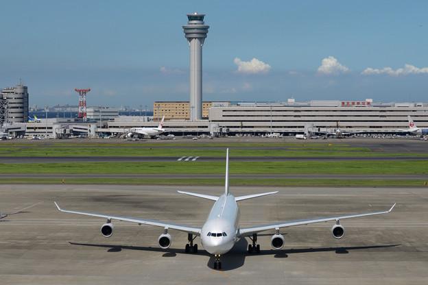 Philippine Airlines RP-C3439 -4