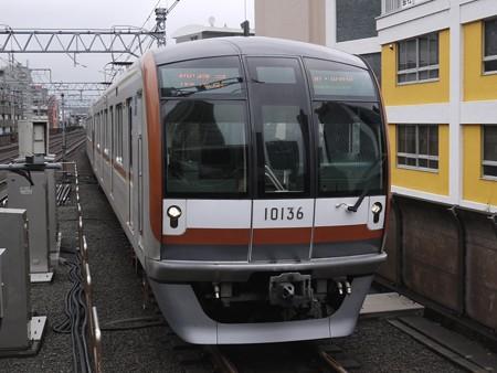 まずは横浜駅へ