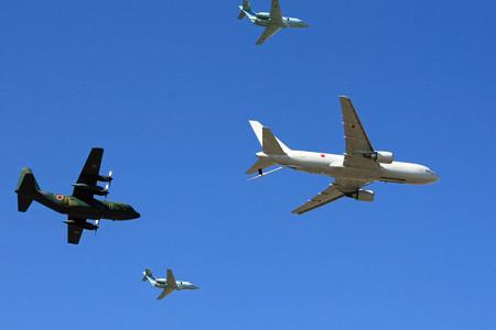KC-767 C-130H U-125A による異機種編隊飛行 IMG_9127_2