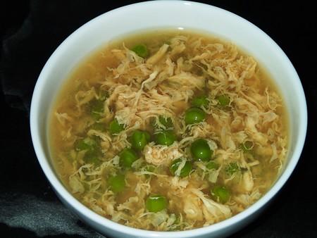 グリンピースのたまごスープ