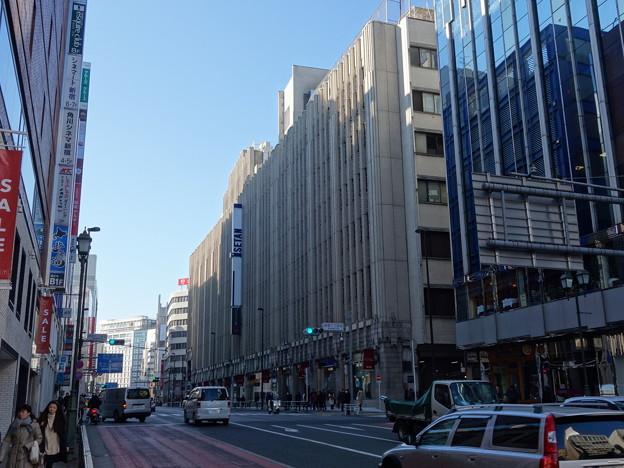 Photos: 新宿伊勢丹デパート (新宿区新宿)