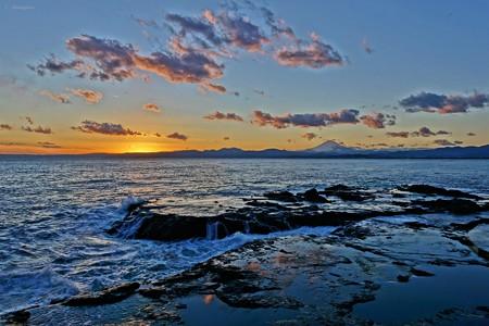 江の島夕景。