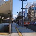 写真: シャレオ駐車場 P2入口 原爆ドーム前バス停 広島市中区大手町1丁目