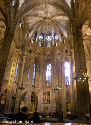 大聖堂の正面祭壇