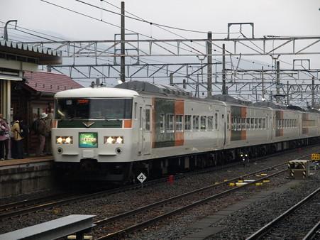 185系特急はまかいじ(小淵沢駅)1