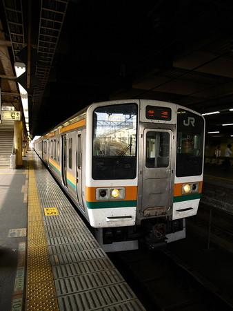 211系(宇都宮駅)1