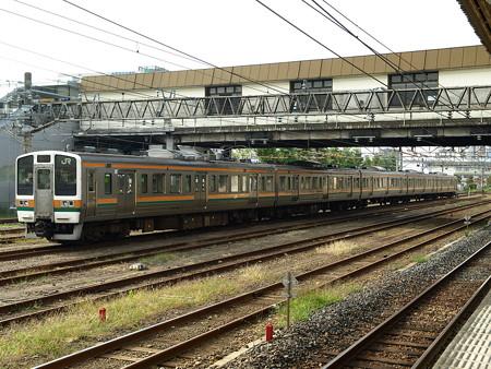 211系(宇都宮駅)2
