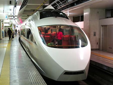 VSE(小田急新宿駅)4