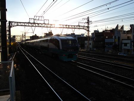 251系(東神奈川駅)
