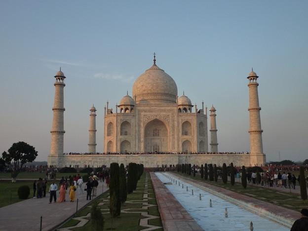 14 タージ・マハル Southern view of the Taj Mahal