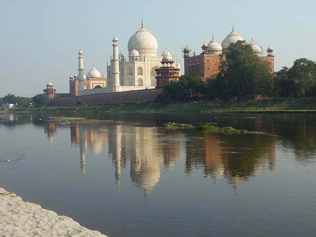 43 ヤムナー河のタージ・マハル Taj Mahal on the bank of the Yamuna