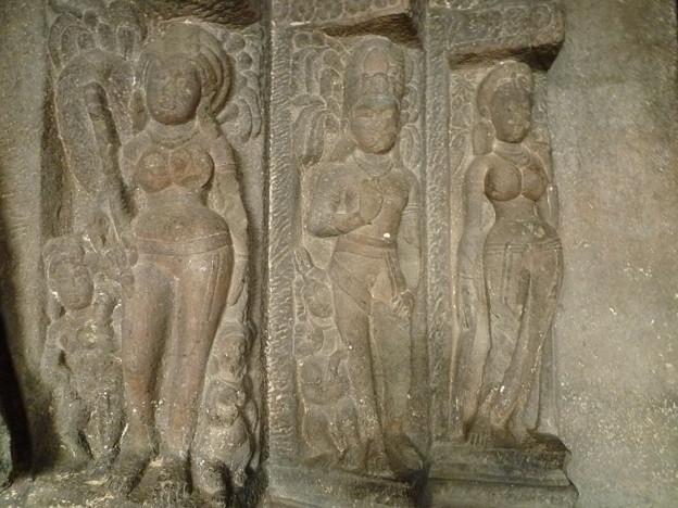 豊満な石像 Sculptures ,Ellora caves