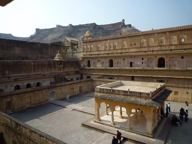 アンベール城中庭 Baradari pavilion at Man Singh I Palace Sq-uare