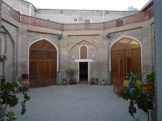 ゙シルクロード隊商宿のカフェ Restored Caravansaray,Silk Road