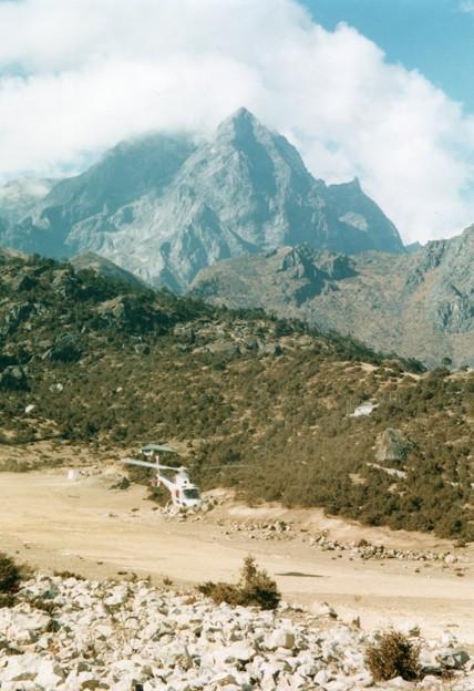 ネパール大地震この空港の今は? Now takeoff,Nepal