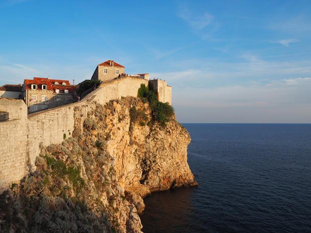 """""""アドリア海の真珠"""" """"Pearl of the Adriatic""""        *長月の アドリア海の 真珠かな"""