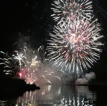 宇和島湾海上打ち上げ花火32