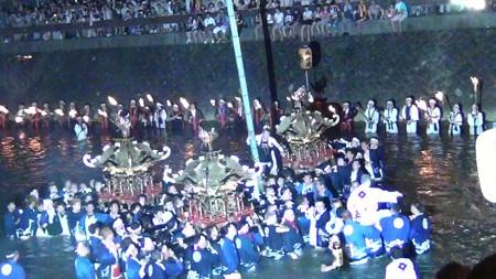 和霊大祭2015 走り込み18 神輿登場4