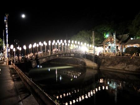 和霊神社 祭りの後3 すっかり静かな川面です