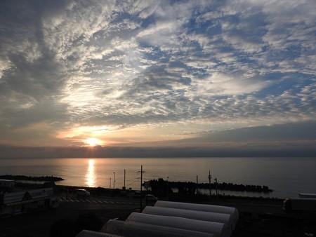 駿河湾の朝日03