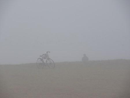 霧の朝 幕張海岸05