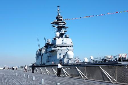 2015.10.13 大さん橋 DDH-183 いずも デッキから