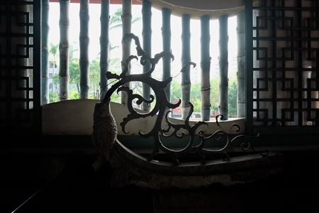 2015.11.09 台南 赤嵌楼 竹の窓格子と屋根飾