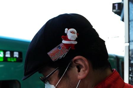 2015.12.22 東京駅 20番線ホーム 清掃チームのクリスマス