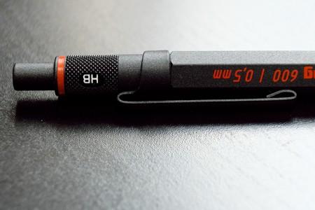 2016.02.14 机 ロットリング メカニカルペンシル 600 0.5mm