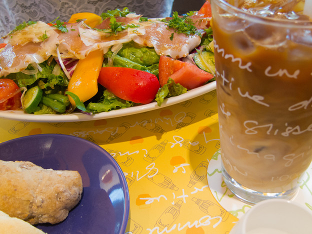 Photos: 野菜マルシェの生ハムサラダ