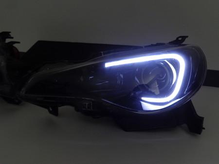 BRZ 愛知県 ヘッドライト加工インナーブラックアウト ホワイトLED点灯時 左