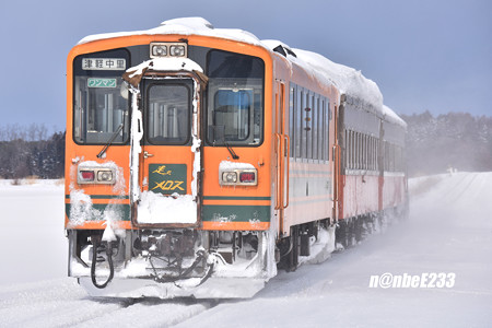 153レ(ストーブ列車3号) DD352+オハ463+オハフ331+津軽21-104