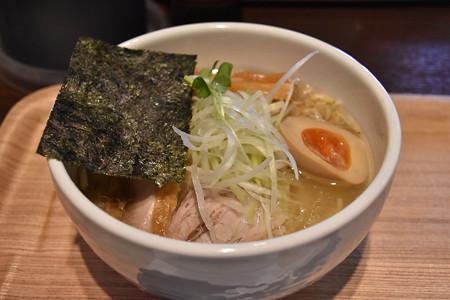 麺屋 冽   あっさり塩鶏そば@800円