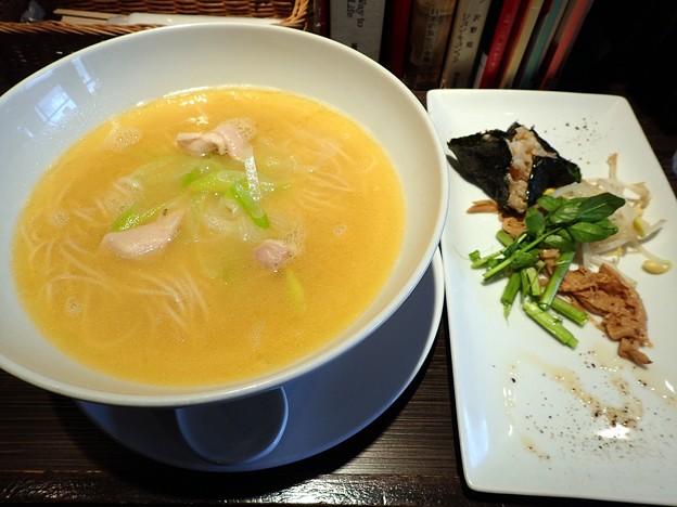 福島鶏白湯たなつものVer.@たなつものSHOKUDOU・福島市