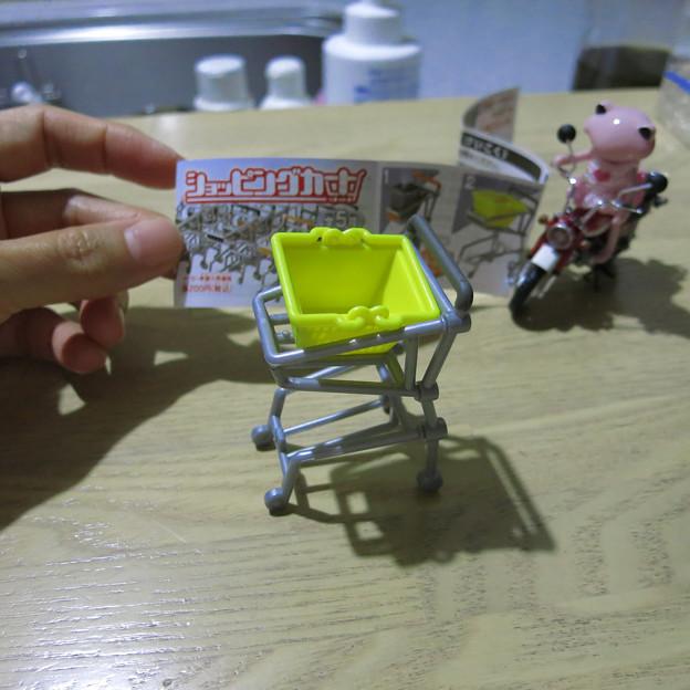 ショッピングカートのガチャ