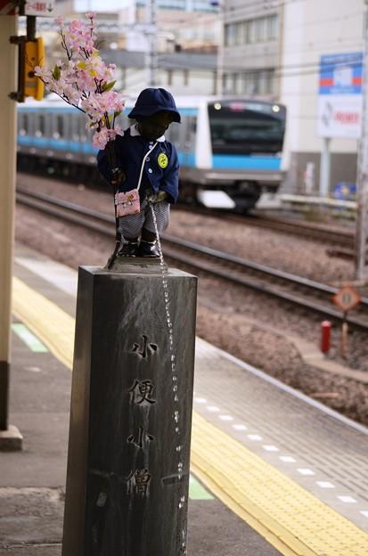 小便小僧と京浜東北線