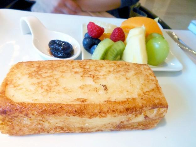 ホテルで朝食を / Breakfast at hotels