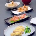 Photos: 今晩は、若鶏の吟醸焼き、小松菜の煮浸し、甘海老の刺身、甘海老の殻の唐揚げ、おでん、根菜と豆腐の味噌汁、さつまいもご飯