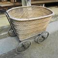 昭和レトロの籐の乳母車@三州足助屋敷