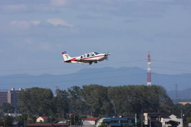 丘珠2014 BeechA36 JA4158 Take off