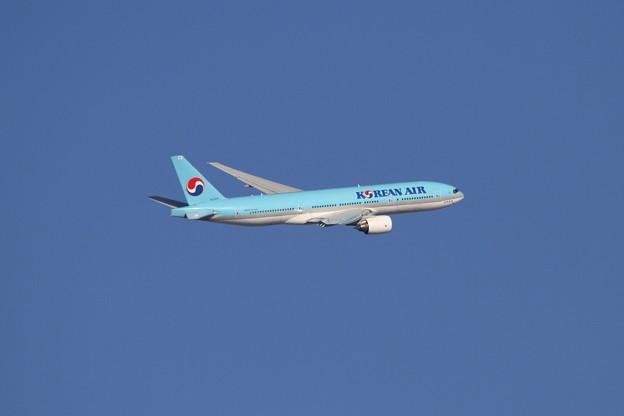 B777 HL7575 Korean Air