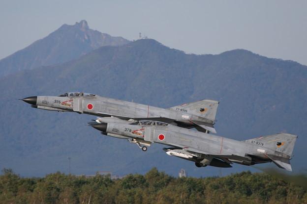 F-4EJ 8378+8395 301sq CTS 2005.10