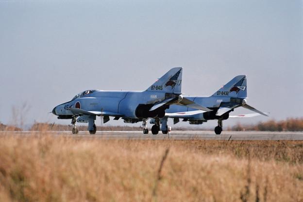 F-4EJ 8415+8432 302sq CTS 1980.11