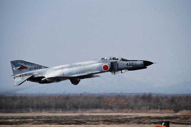 Photos: F-4EJ 8432 302sq CTS 1983.04